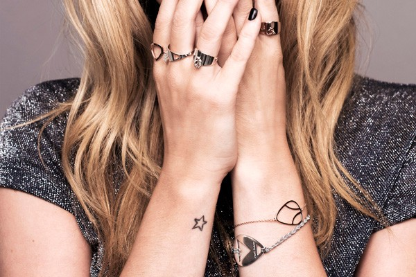 Laura Whitmore X Daisy Collection